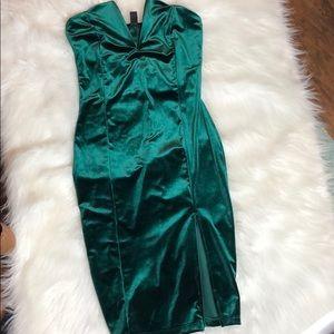NWOT Windsor MIDI Dress